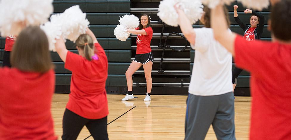 Kelsey Boshert leading a cheer squad