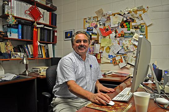 Rainer Glaser at his desk