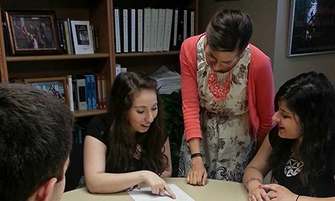 Kristina Wright works with students in the Medopp Advising Office.