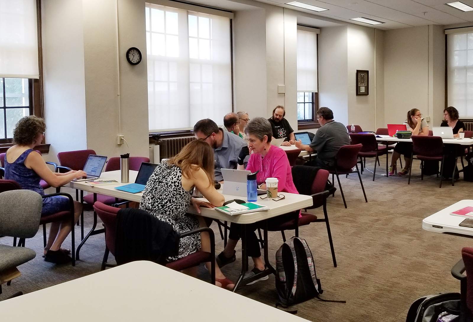 Faculty discuss ideas to enhance learning